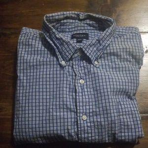 Sonoma Mens long sleeve button down plaid shirt